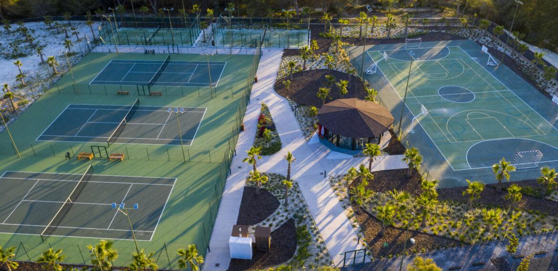 Padel & Tennis Courts